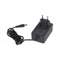 Quadralite 9V 2,5A Thea LED AC strāvas adapteris